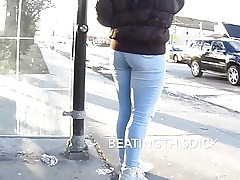 SHORTY IN THOSE JEANS