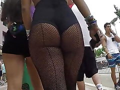 Candid hot latina donk in fishnets!!