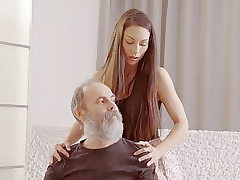 DADDY4K. Teenage stunner tells a story about her father porn...